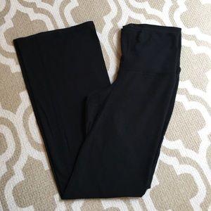 ✴️4/$15 GAP Maternity medium leggings